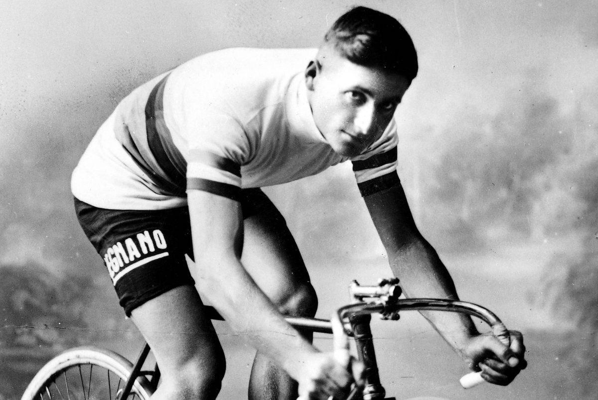 Alfredo Binda, akinek fizettek, hogy távol  maradjon a Giro d'Italiáról